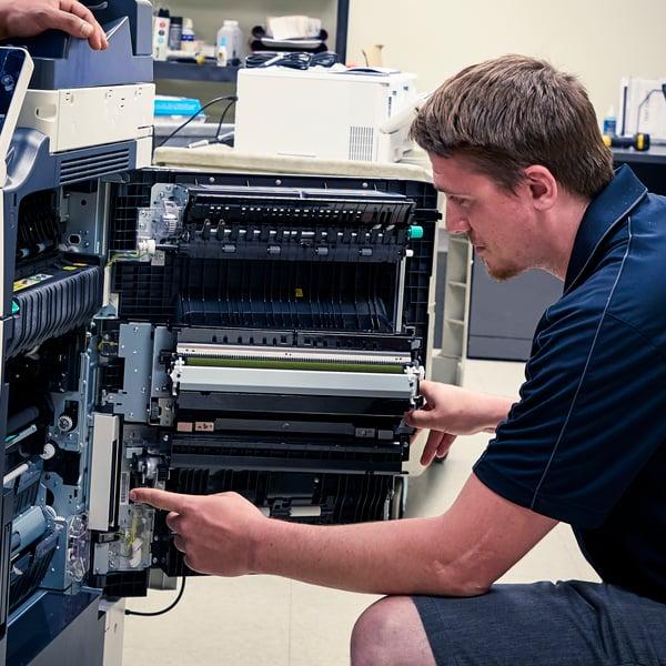 Service Tech_600x600