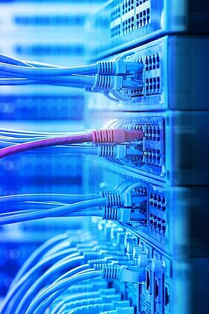WiFi vs Ethernet & Wired vs Wireless Networks: What You Should Know for Business